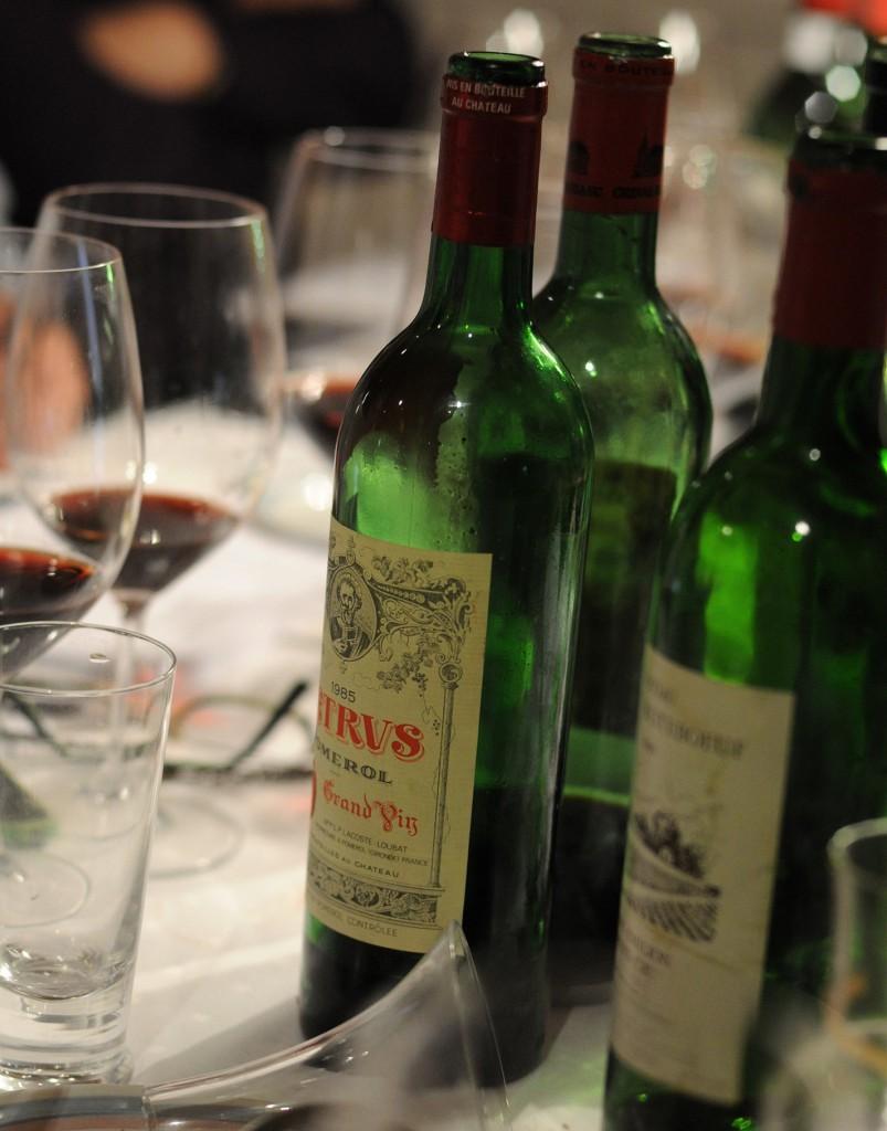 Flere_flasker_på_bordet
